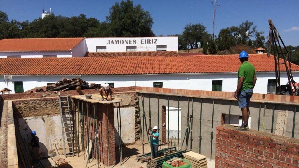 sala degustaciones y alojamientos Jamones Eiríz