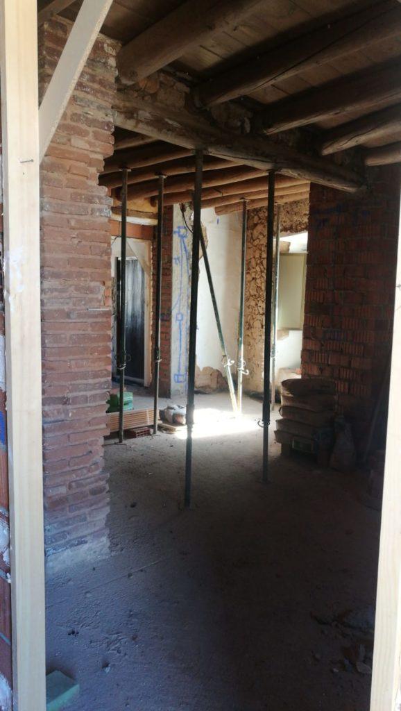 Rehabilitación vivienda unifamiliar en Higuera de la Sierra